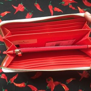 kate spade Bags - Kate Spade New Chili Peppers 🌶 wallet NWT